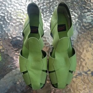 New without Box Green Aerosoles